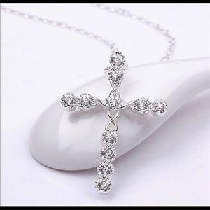 Silver Plated and Crystals Cross Pendant N…